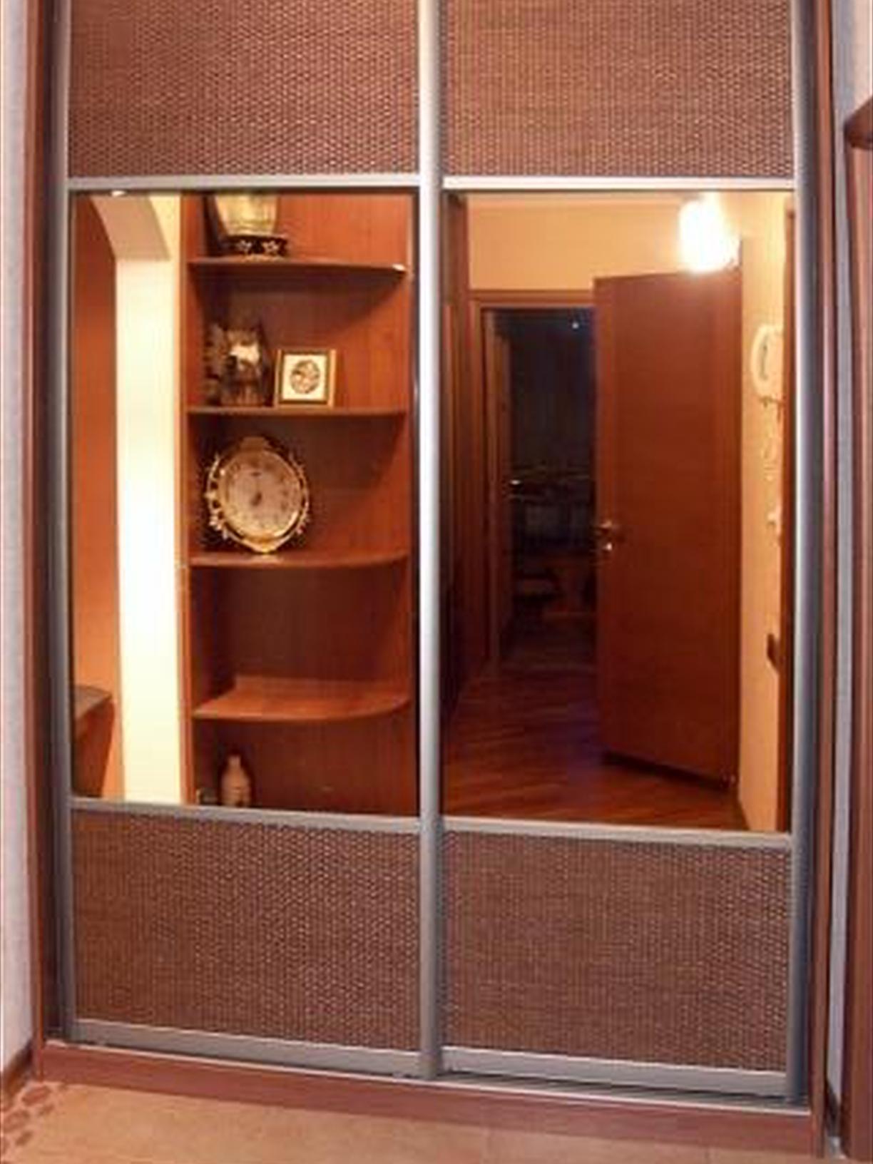 Шкаф купе в прихожую со вставками ротанга 6, фото, купить, ц.